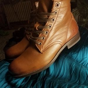 FRYE Leather Laceup Boots
